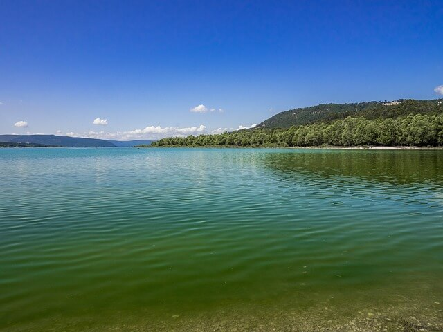 lac de saint croix wateraanzicht